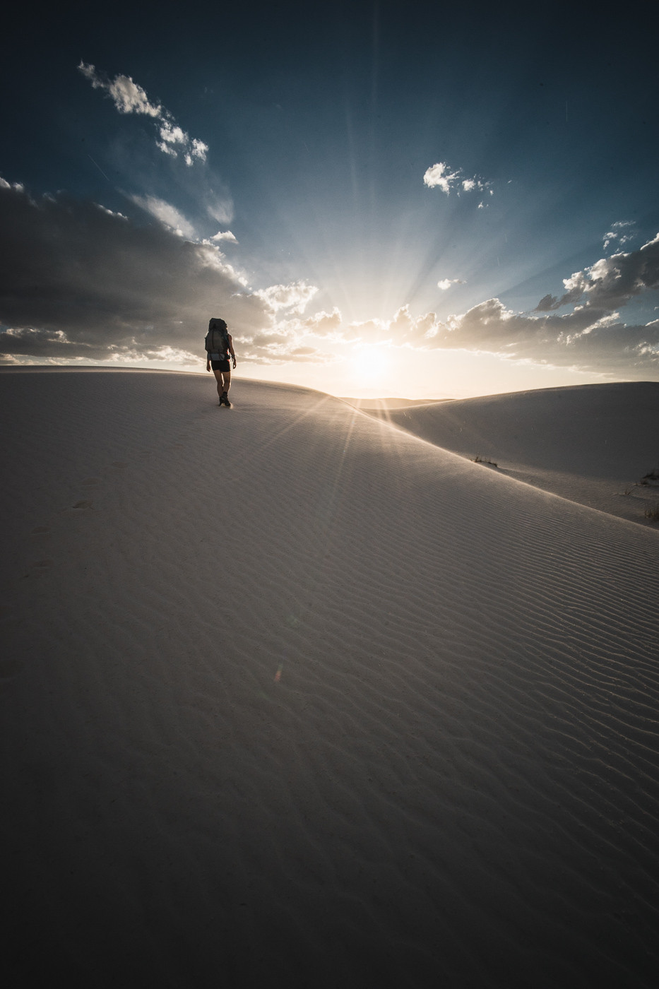 White Sands National Monument, NM. Voigtlander Heliar 15mm/4.5, a7II, f/11, 1/320th, ISO 200, Full Resolution (12.4MB)