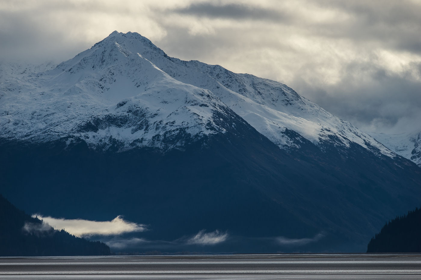 Snow-capped mountains in Alaska with the Tamron 150-600mm f/5-6.3